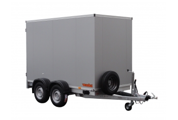Box trailers of sandwich panels